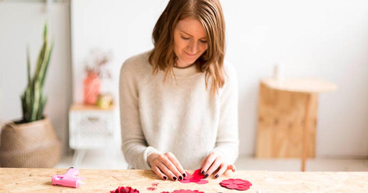 Francesca Stone doing crafts