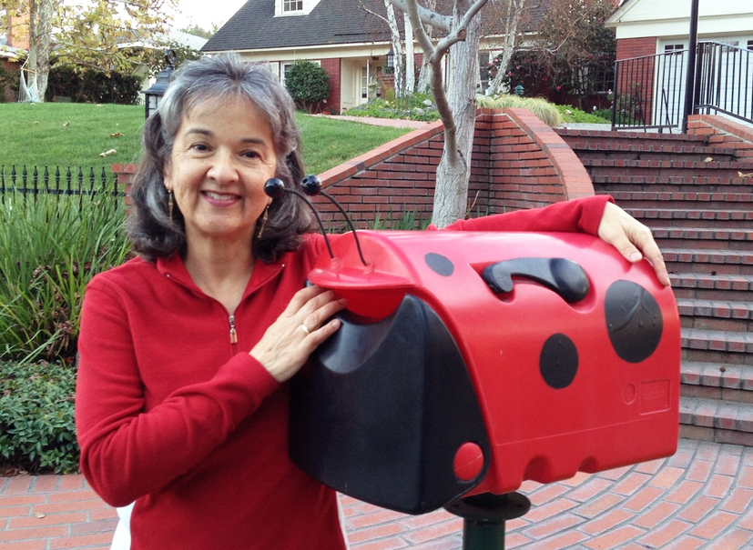 Mina turned her letterbox into a ladybug with Sugru