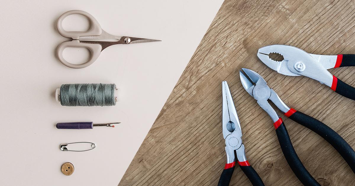 Clothes repair tools and fixing tools