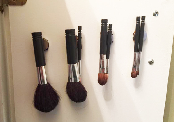 make-up brushes mounted with sugru and magnets